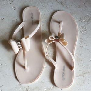 Top Mode Ladues sandles sz 9